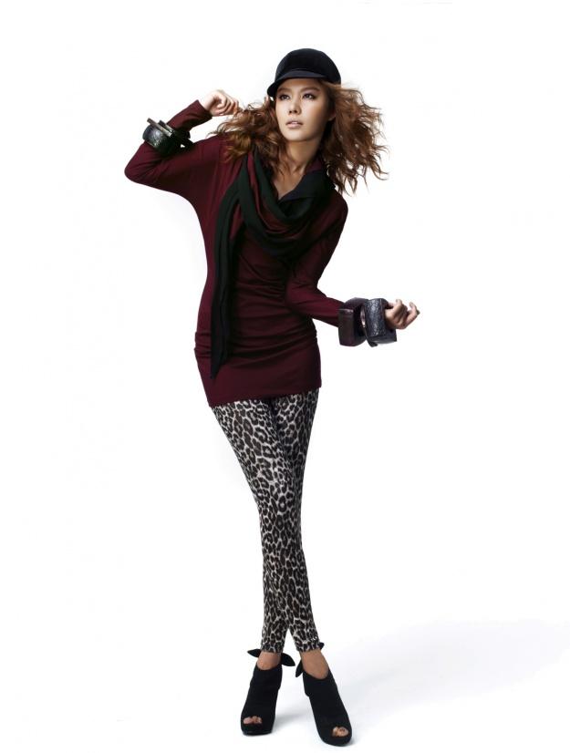 Yetts Fall 2009 Collection (Kim Ah Joong)