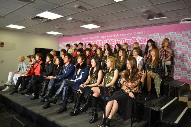 SMTOWN Live in New York Press Conference Coverage!