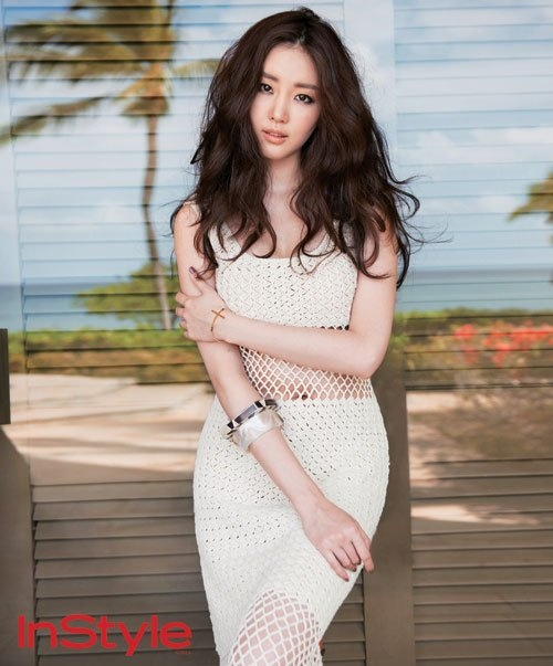Kim Sarang Poses for Instyle Magazine in Hawaii