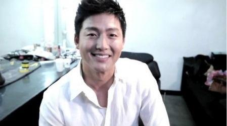 """Actor Lee Jung Jin Decides to Leave """"Qualifying Men"""""""