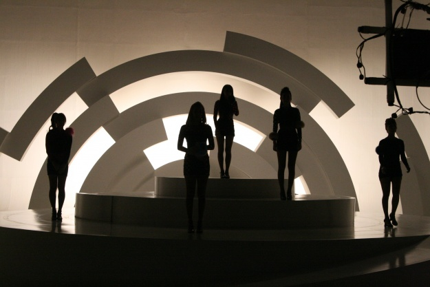 Sneak Peek Into Wonder Girls New Music Video