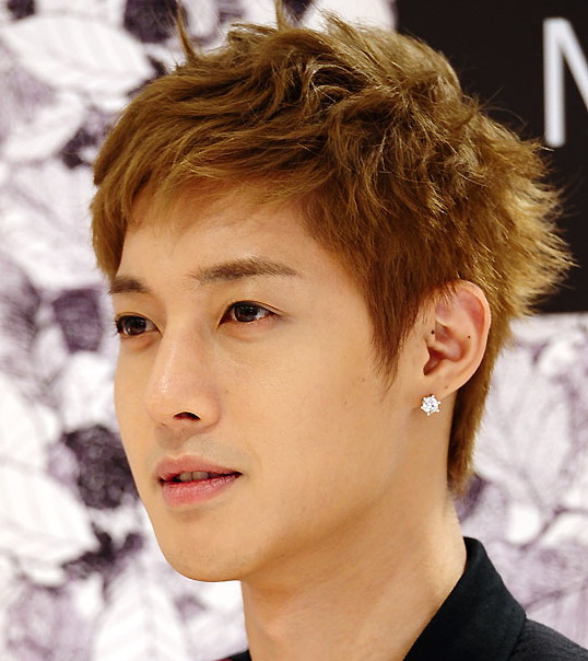 Kim Hyun Joong Is the Perfect Celebrity for the Fall Season