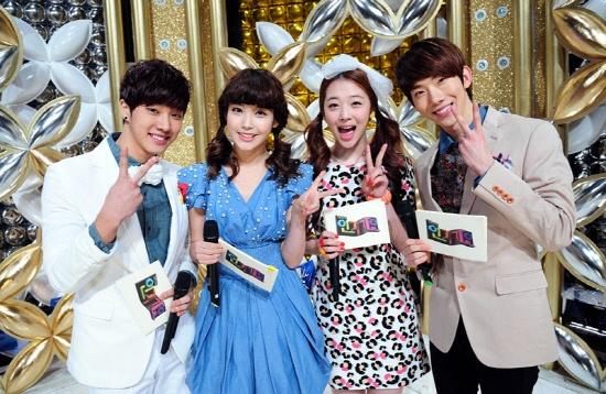 Kara's Goo Hara and Nicole as New MC's of SBS Inkigayo