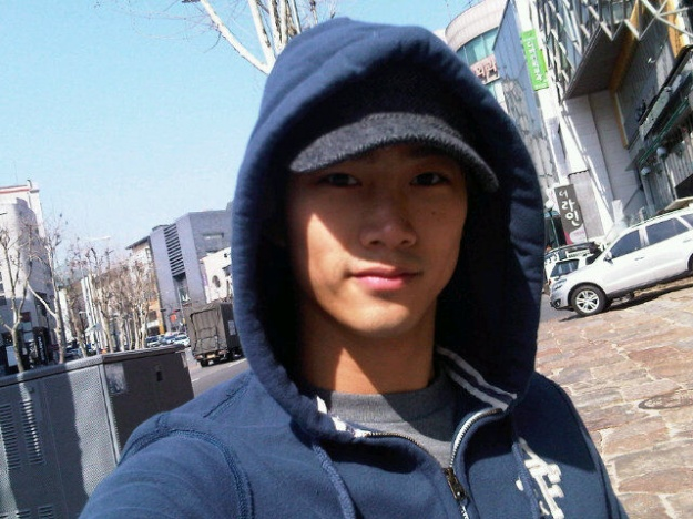 2PM's Taecyeon Wants a Blind Date?