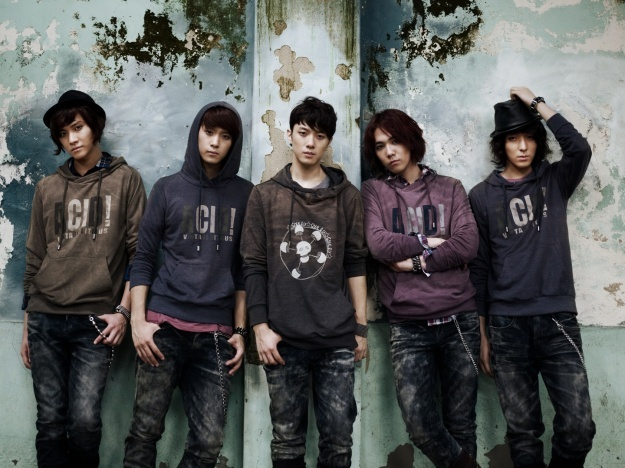 FT Island Gears Up For Fall