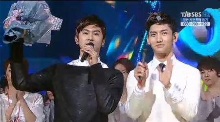 SBS Inkigayo 03.27.2011
