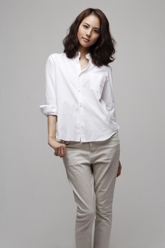 Park Ji Yoon Interview
