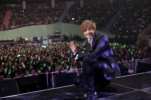 Kim Hyun Joong's Concert DVD Tops Oricon Charts