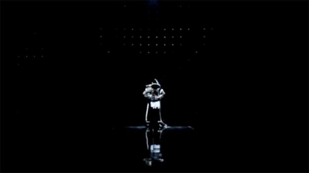 """2NE1 Releases Japanese MV Version of """"I am the Best"""""""