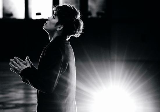Se7en Makes His Comeback Performance on Inkigayo