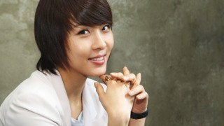 ha-ji-won-spending-time-at-ping-pong-center_image