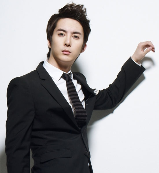 Kim Hyung Jun (SS501) to Release Japanese Single in July, Along with Tour Concerts in August