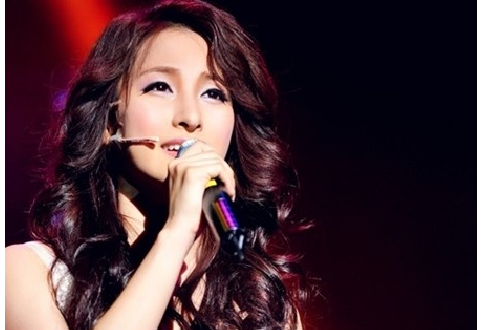 "Kara's Gyuri to Perform in ""200 Pounds Beauty"" Musical in Korea"