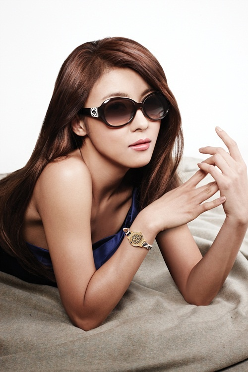 [Updated] Ha Ji Won Reveals Different Styles for Guess Eyewear