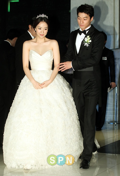 Lee Chun Hee and Jeon Hye Jin Pre-Wedding Press Conf