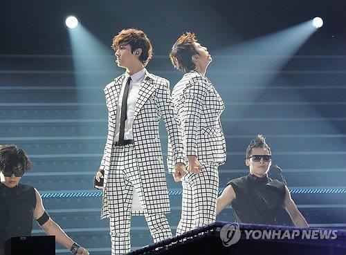 KBS Music Bank 07.22.2011