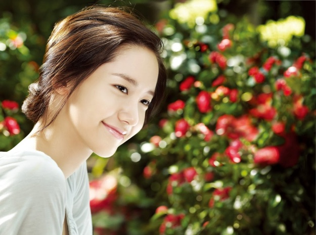 Yoona Releases MV for Innisfree Day