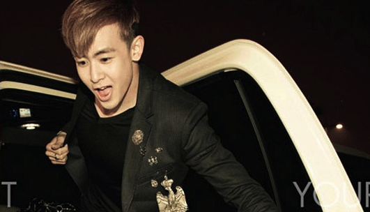 2PM Nichkhun Spotted in Thailand!