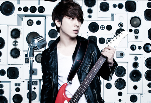CN Blue's Jung Yong Hwa to Have Vacation for Two Months to Work on Next Album