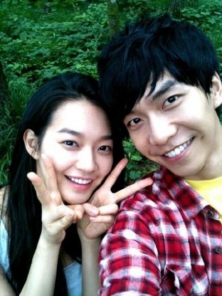 Lee Seung Gi Only Has Three Female Celebs' Numbers in his Contact List!