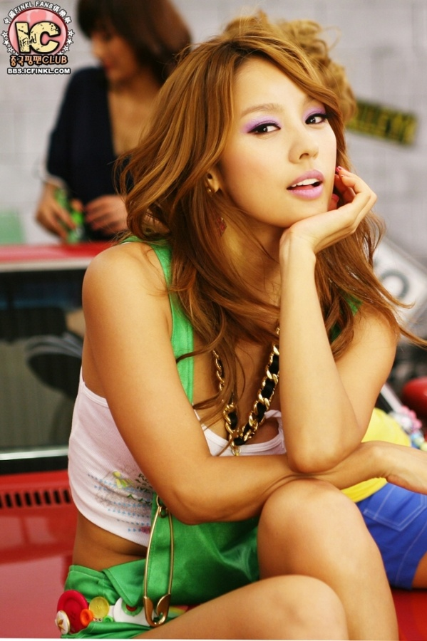 """Lee Hyori Comments on First Filming of """"You and I"""""""