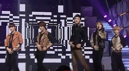SBS Inkigayo 10.17.10
