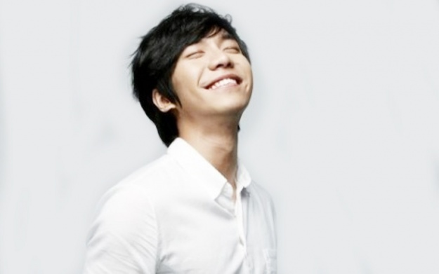 Lee Seung Gi Reveals Japanese Album Jacket and Announces First Japan Concert
