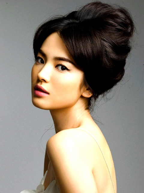 Song Hye Kyo Sues 41 Netizens for Defamation