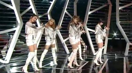 SBS Inkigayo 11.21.10