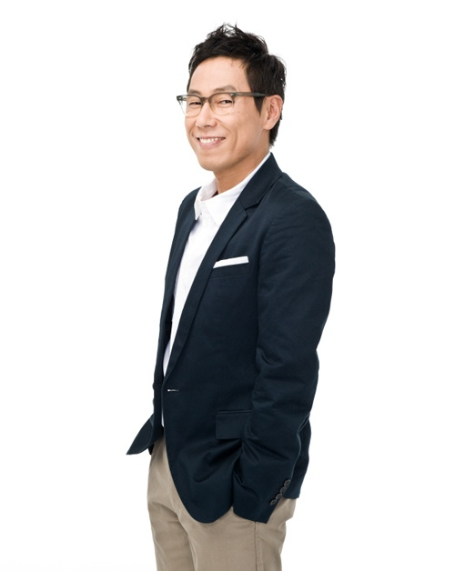 Yoon Jong Shin Praises Teen Top Song