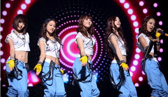 "Kara's ""Mister"" Beats AKB48 As Most Popularly Sung Tune at Karaoke"