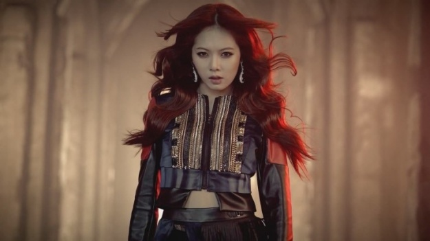 hyuna-i-have-more-money-than-my-peers-but-im-scared-about-my-future_image