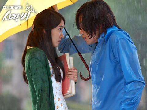 """""""Love Rain"""" Episode 2 Preview"""