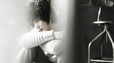 Shin Hye Sung Speaks About His Struggles