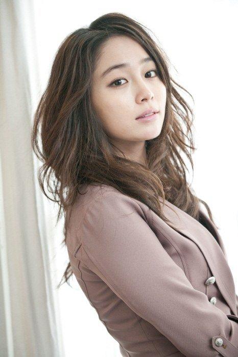 Lee Min Jung protagonizará junto a Rain un nuevo drama de SBS