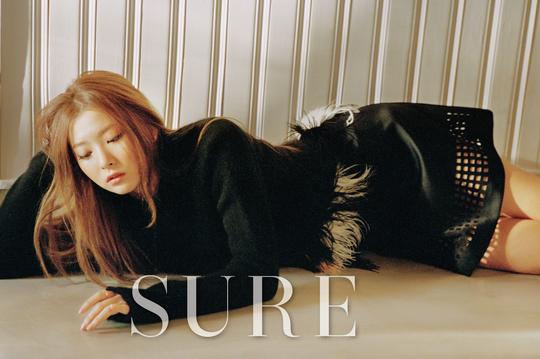 Seulgi de Red Velvet muestra sus encantos para SURE