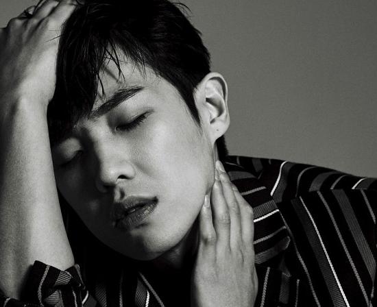 """Lee Joon muestra su sensualidad para la revista """"The Celebrity"""""""