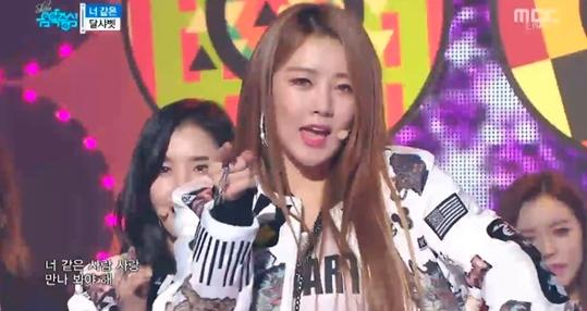 """""""Music Core"""" del 9 de enero de 2016: Red Velvet, TWICE, Dal Shabet y más"""