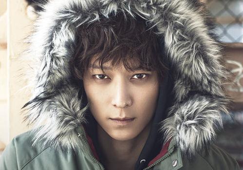 Kang Dong Won se une oficialmente a YG Entertainment, Yang Hyun Suk crea un equipo especial para el actor