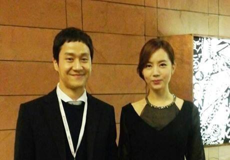 Revelan fotos de la boda de Jung Woo y Kim Yu Mi