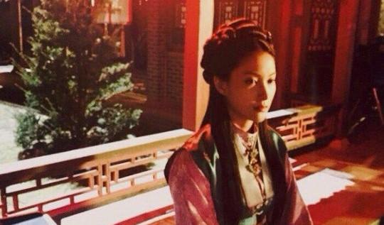"""Park Gyuri da un adelanto de su personaje en """"Jang Young Shil"""""""