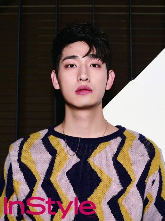 """Yoon Park habla sobre su próximo drama y actual proyecto en la revista """"InStyle"""""""