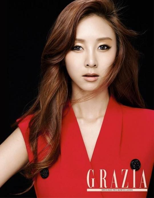 G.NA, Kyungri, Park Eun Ji, Kim Jung Min, y Hwang So Hee son iconos de belleza para Grazia