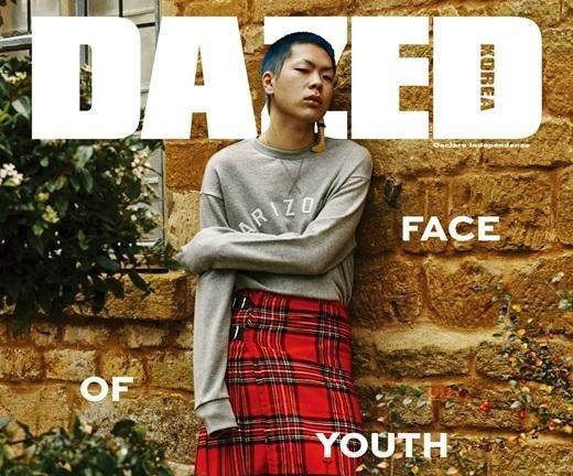 Oh Hyuk nos da una idea de su estilo único posando para Dazed