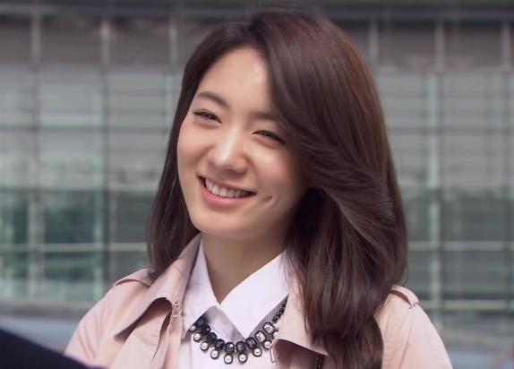 Ryu Hyo Young expresa alegría por poder promocionar después del conflicto con MBK Entertainment