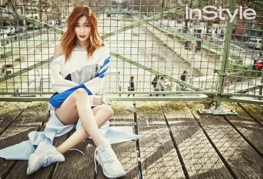 Tiffany muestra su sentido de la moda en París para la revista InStyle