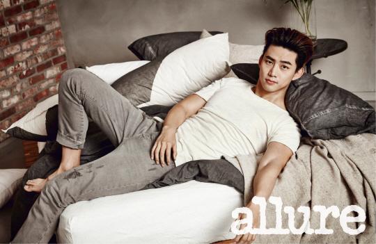 Taecyeon revela sus planes de alistarse en el ejército a Allure