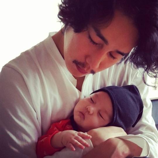 "Jung Tae Woo se une a ""Oh! My Baby"" con sus dos hijos"