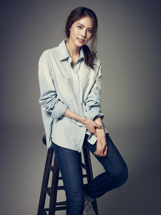 Park Ji Yoon deja la agencia de Mystic89