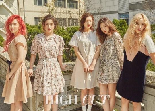 """Red Velvet habla sobre su popularidad con los soldados para la revista """"High Cut"""""""